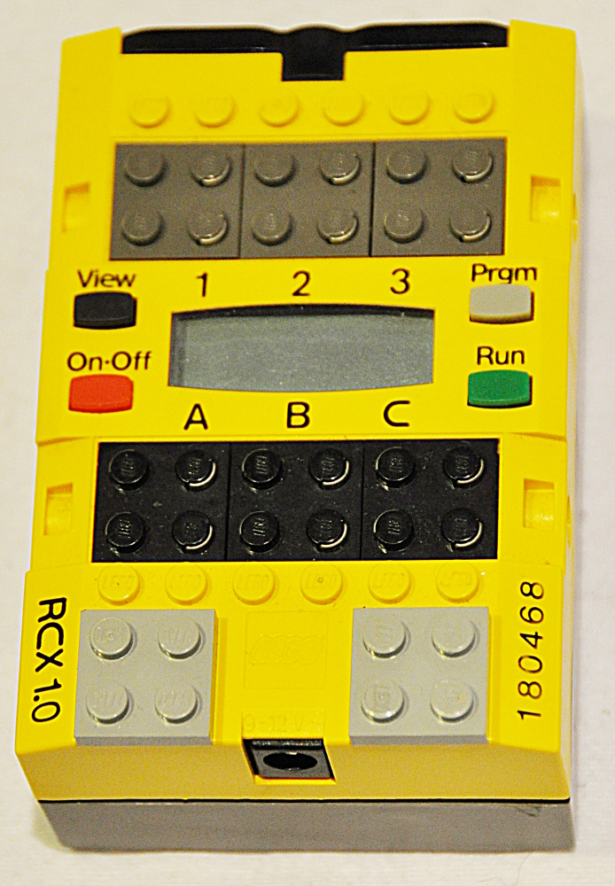 mcv:lego-rcx-01.jpg