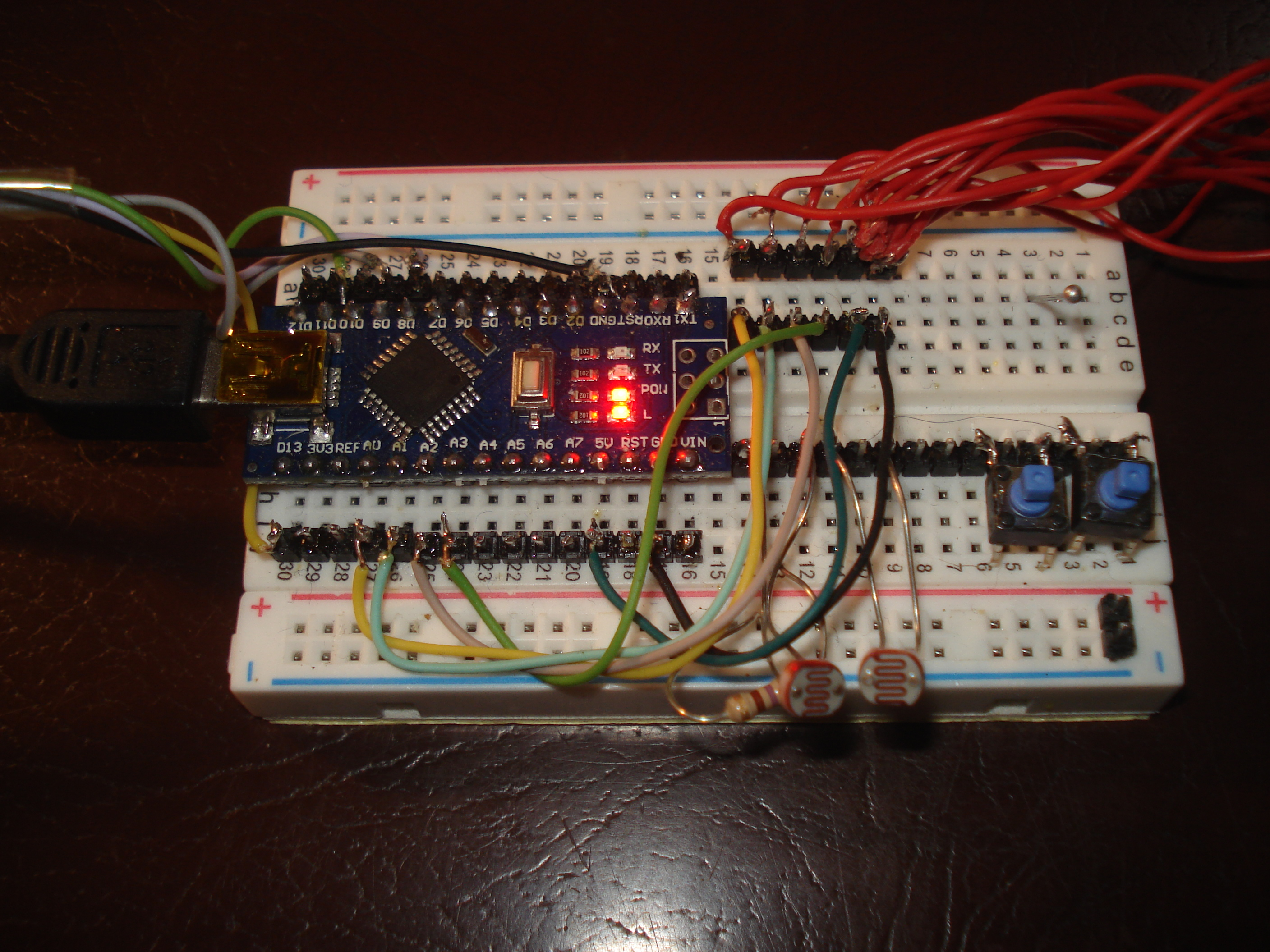 projects:430eforth:arduino_nano_on_breadboard.jpg
