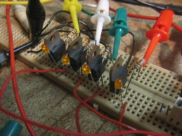 projects:4e4th:4e4th:start:msp430g2553_experimente:steppermotordrivertestboard_smal.jpg