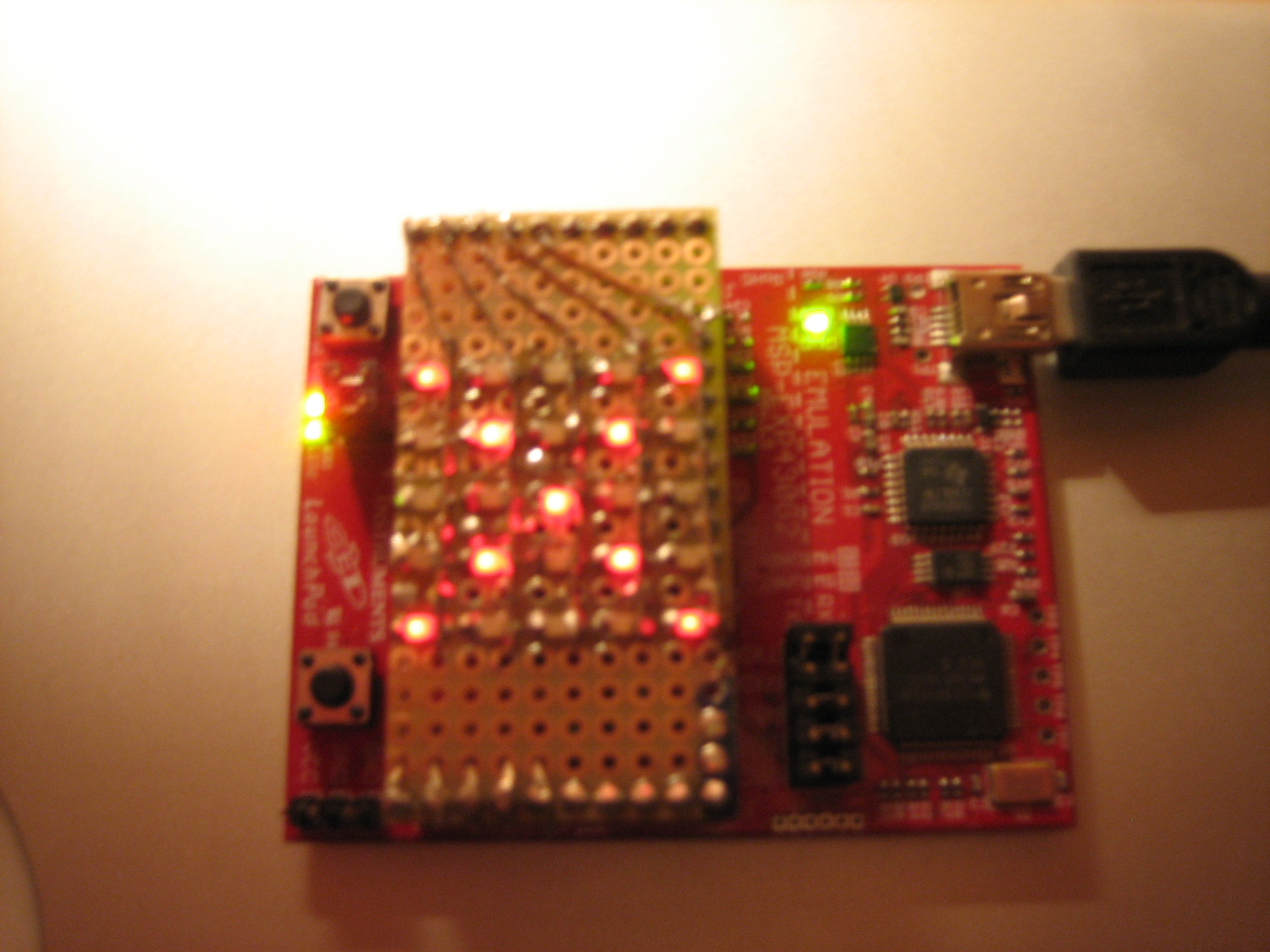 projects:4e4th:boosterpacks:led5x5_auf_launchpad.jpg